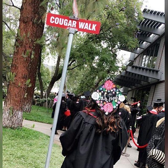 Featuring Azusa Pacific Alumna @daliaevangelina and her custom graduation cap ✨ one of many wonderful projects I have done!  #APU#azusa#TheZu#classof2016#iheartapu#graduation#graduationcap#customcap#sisepuede#latinpride#roses#flowers#NGgradcaps