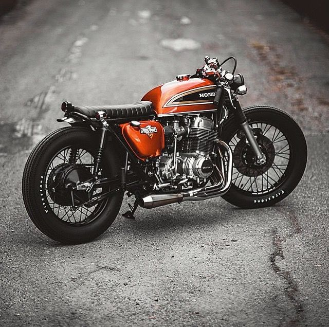 Honda CB750 Cafe Racer - gorgeous colour.