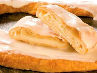 Kringle Pastry with Mimosas for Christmas morning