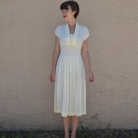 Stunning 1940's Ivory Custom Vintage Wedding Dress - Small/Medium. $350.00, via Etsy.