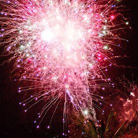 How to Photograph Fireworks@Maranda Wample