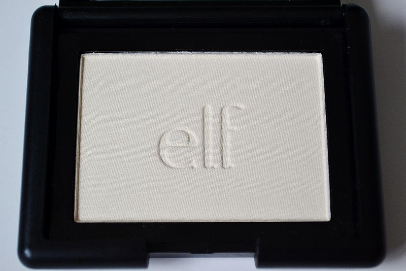 e.l.f. Studio Blush in Gotta Glow (highlighter)