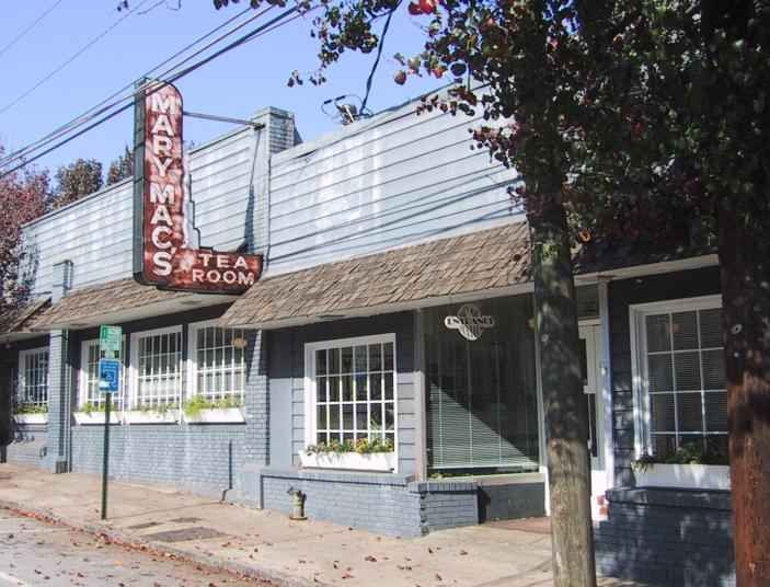 "Mary Mac's has been a favorite lunch place in Atlanta since 1945.""          Michael Stern"
