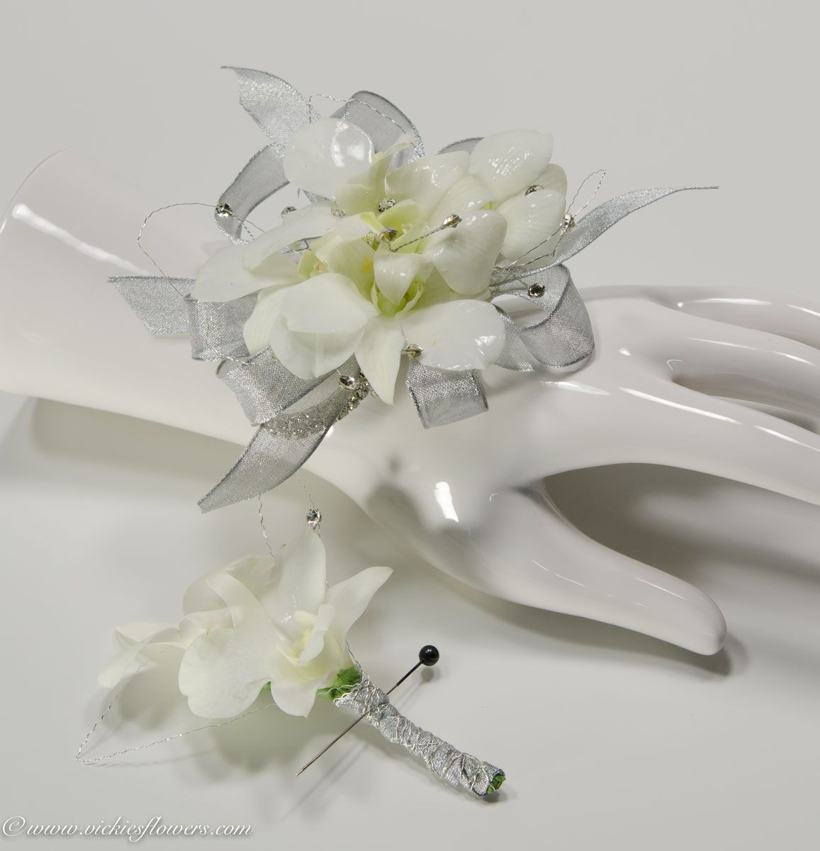 Pin by Candice Davis on Corsages | Pinterest | Corsage, Boutonnieres ...