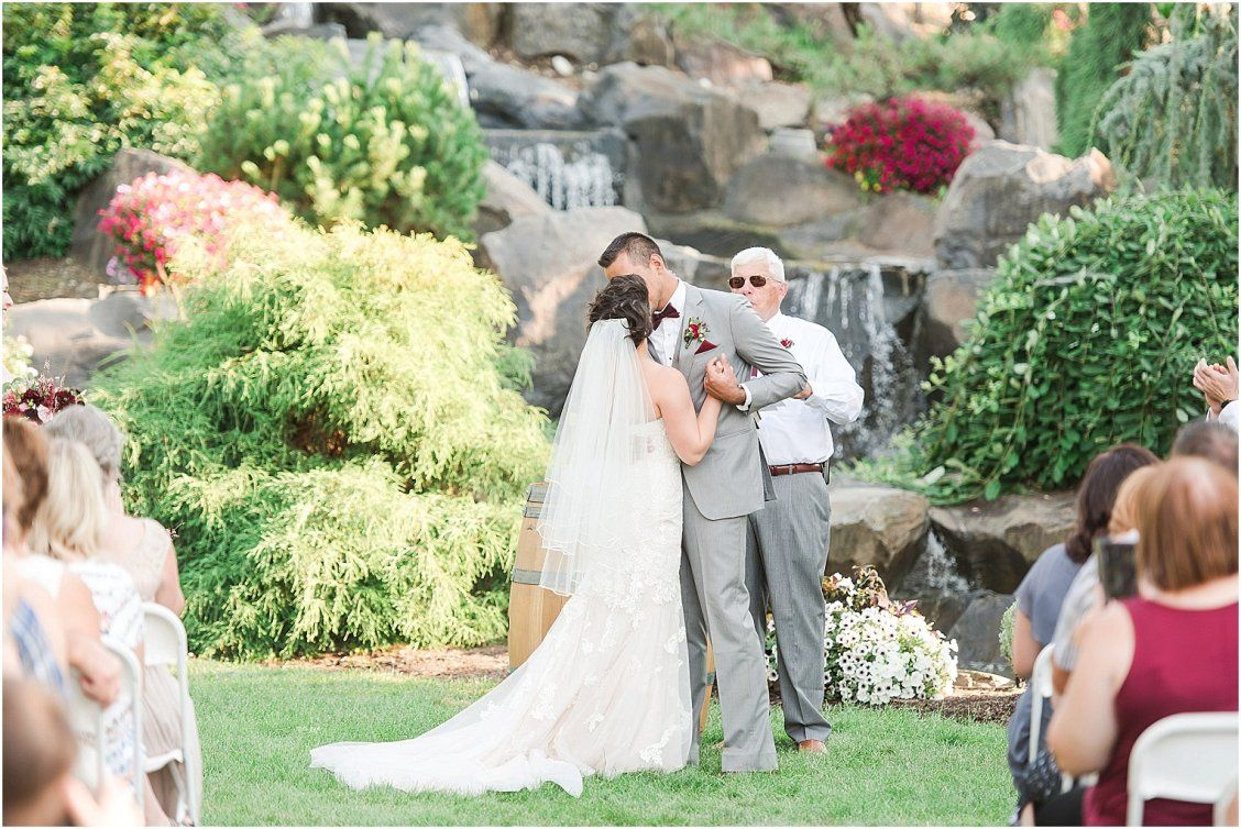 Yellow Rose Nursery Prosser Wa Donovan And Julie Ceremony Bride Wedding Photos Rose Nursery Wedding