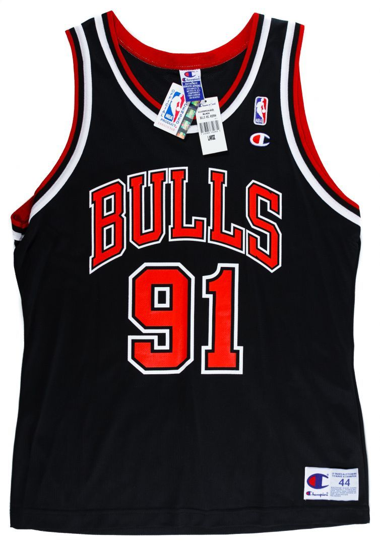 new arrivals ab3c5 87b3c Lot 370: Dennis Rodman Signed Chicago Bulls Jersey by ...