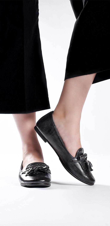 womens dress black flats