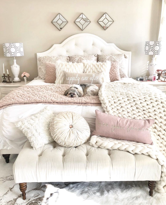 Pinkandwhite White Pink Bedroom Bedroomdecor Decor Love Interior Bedroom Decor Remodel Bedroom Bedroom Design
