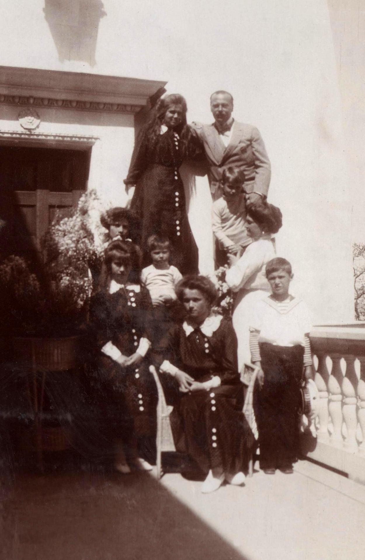 House Of Romanov With Images House Of Romanov Romanov
