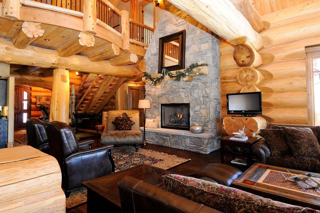 Log home interior by pioneer log homes of bc this greatroom is inside the copper