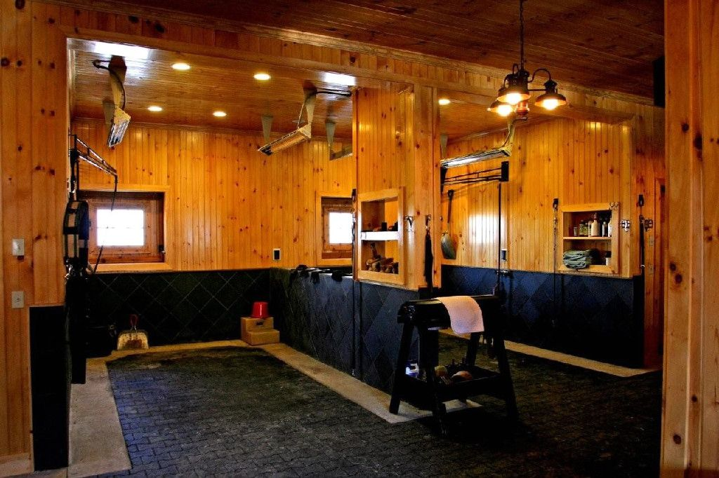 Barn Wash Stall-wow, love this. Heaters, plenty of light, non-slip mats plus just beautiful!