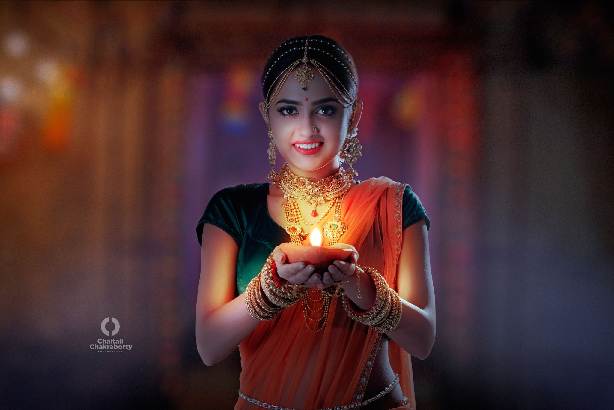 Lady With Light Lady With Light Diwali Light Indian Festival Diwali Lights Diwali Indian Festivals