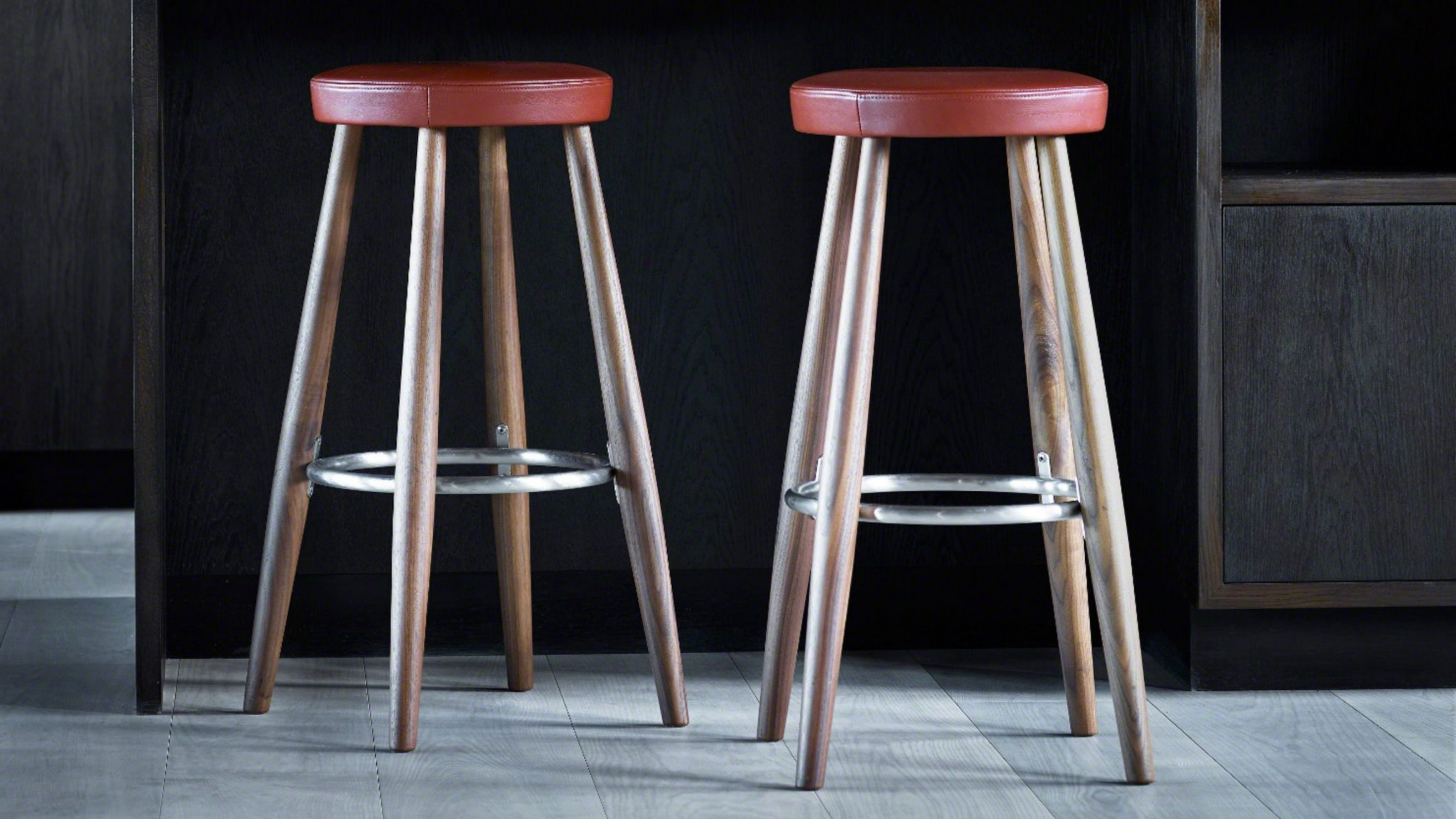 Coalesse Ch56 Ch58 Wood Bar Stools With Leather Seats Steelcase Bar Stools Wood Bar Stools Stool