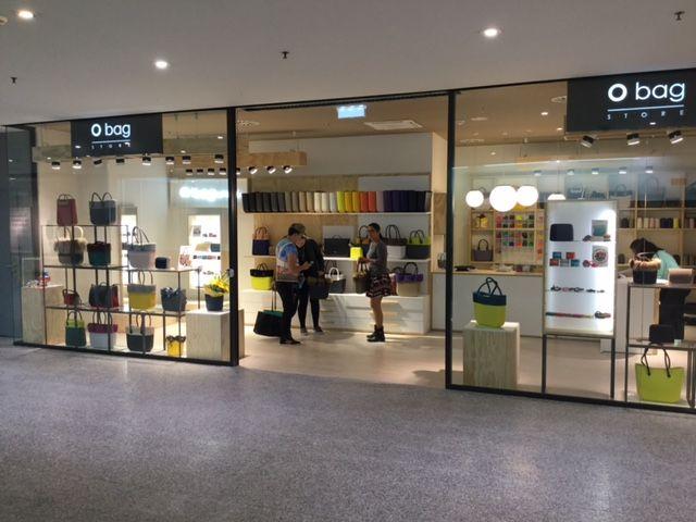 Dopo Klagenfurt apre il secondo O bag store in Austria a Innsbruck! Vi aspettiamo presso il Centro Commerciale Sillpark, Museumstraße, 38! http://www.fullspot.it/ #obag #obagstore #newstore #colurs
