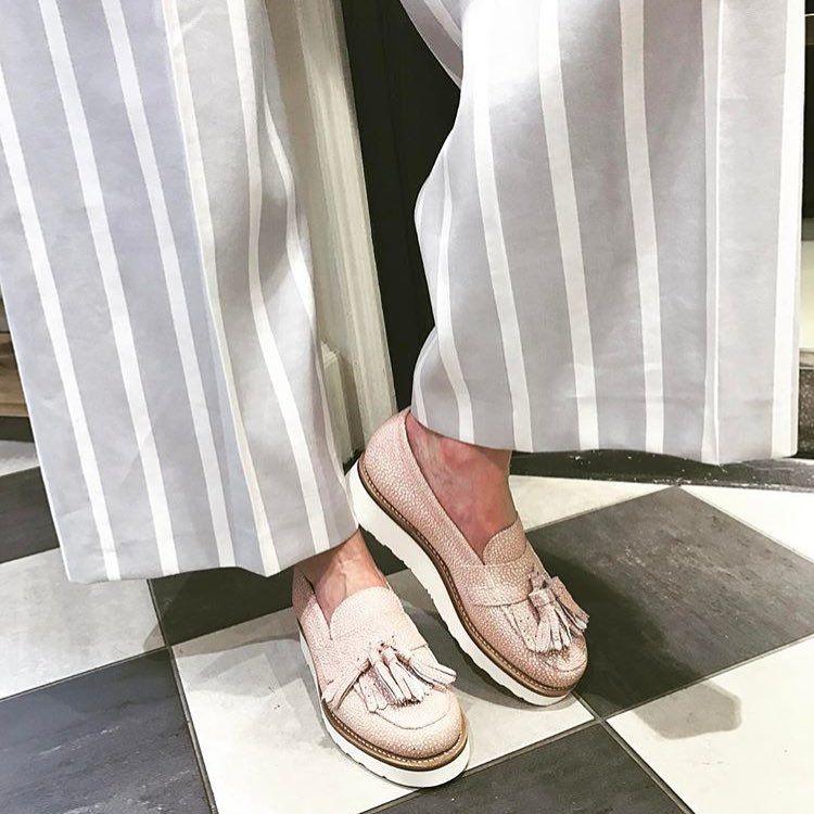 Grenson Women's Clara Loafer in Pink Stingray //  https://www.cavells.co.uk/shoes-c3/flats-c50/grenson-womens-clara-tassled-loafer-pink-stringray-p31160?attribute[1]=4290
