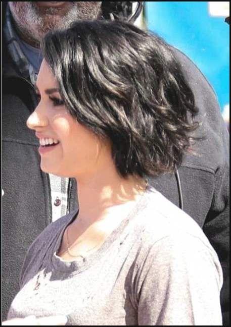 Kurzhaarfrisuren Welliges Haar Mittellange Haare