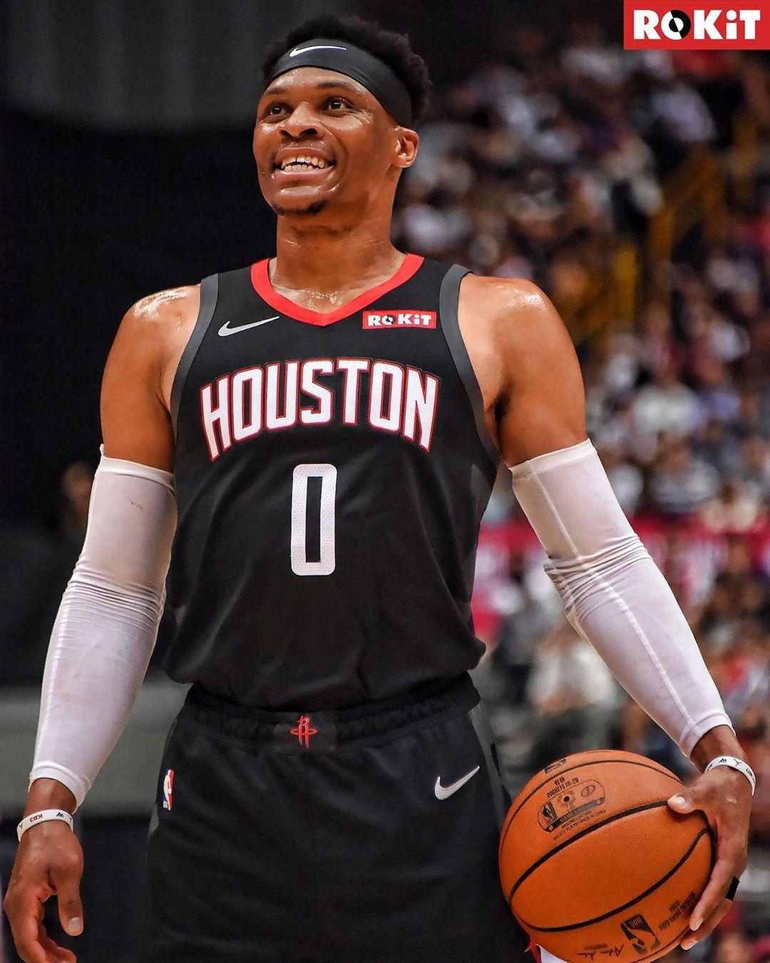 Houston Rockets Doubletap for russwest44's debut!