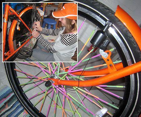 Spaken van een fiets versieren feestdag koningsdag pinterest - Versieren van een muur in ...