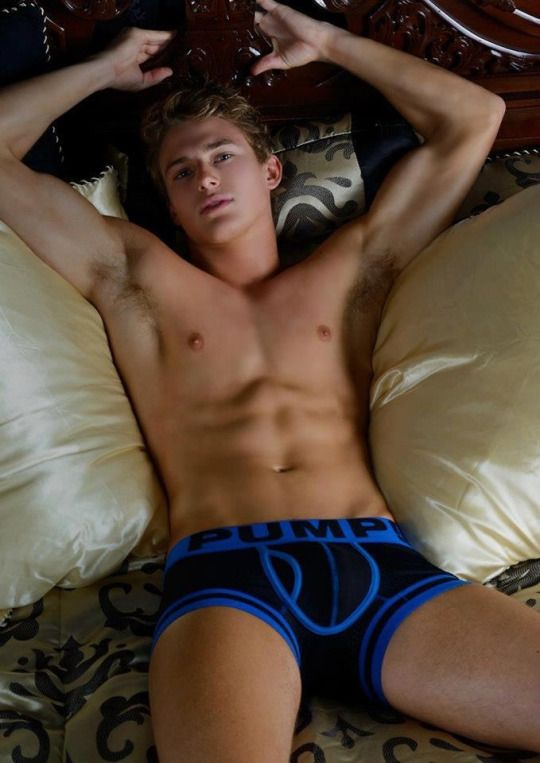 twinks gay video clips shorties