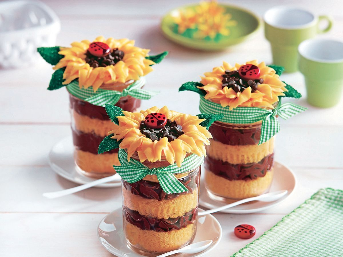 Sunflower Cupcakes in Jars #sunflowercupcakes Sunflower Cupcakes in Jars #sunflowercupcakes Sunflower Cupcakes in Jars #sunflowercupcakes Sunflower Cupcakes in Jars #sunflowercupcakes