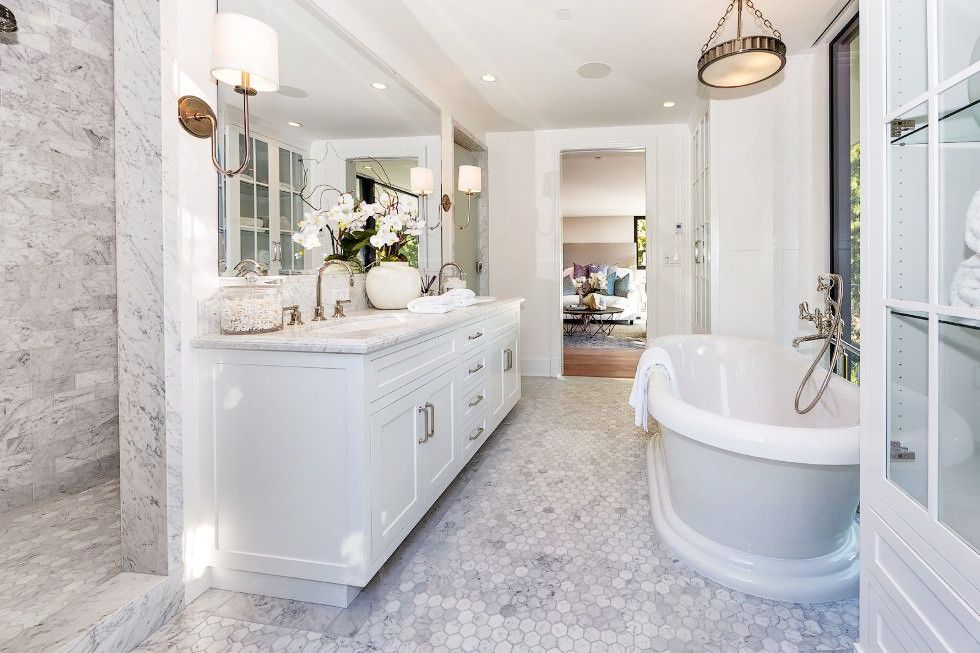 Our Unsolicited Makeover of Kendall Jenners $6M Home in