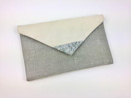 1a1b1a4da9 Pochette de soirée mariage Ecru en suédine et en lin argenté , paillettes  argentées : Sacs à main par fil-des-toiles