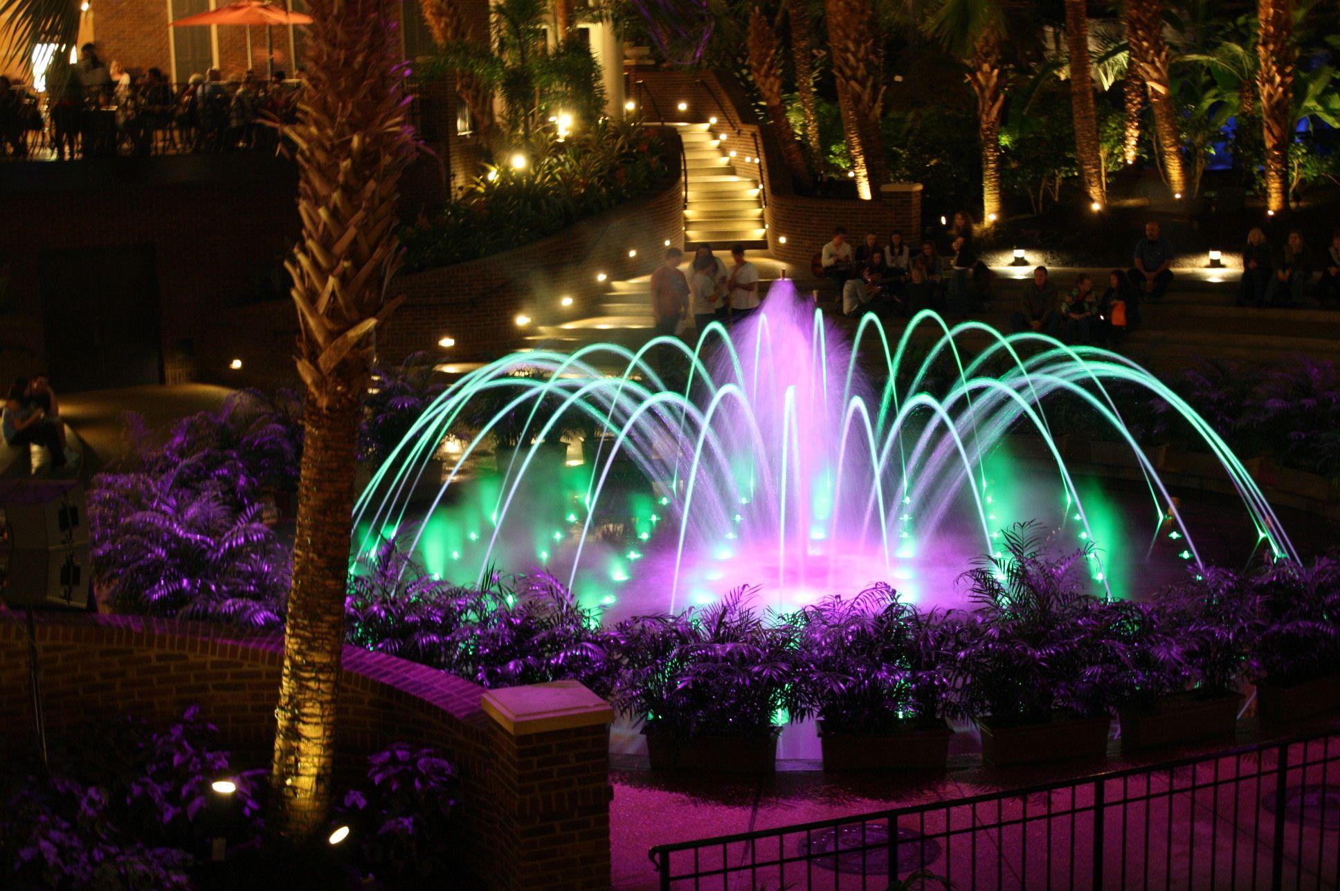 Light Show At Opryland Hotel Nashville Tn Opryland Hotel Opryland Hotel Nashville Vacation Spots