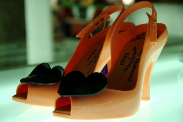 1bf4d9ef5b We love Melissa! Plastic Shoes from Brazil! http://www.clubfashionista