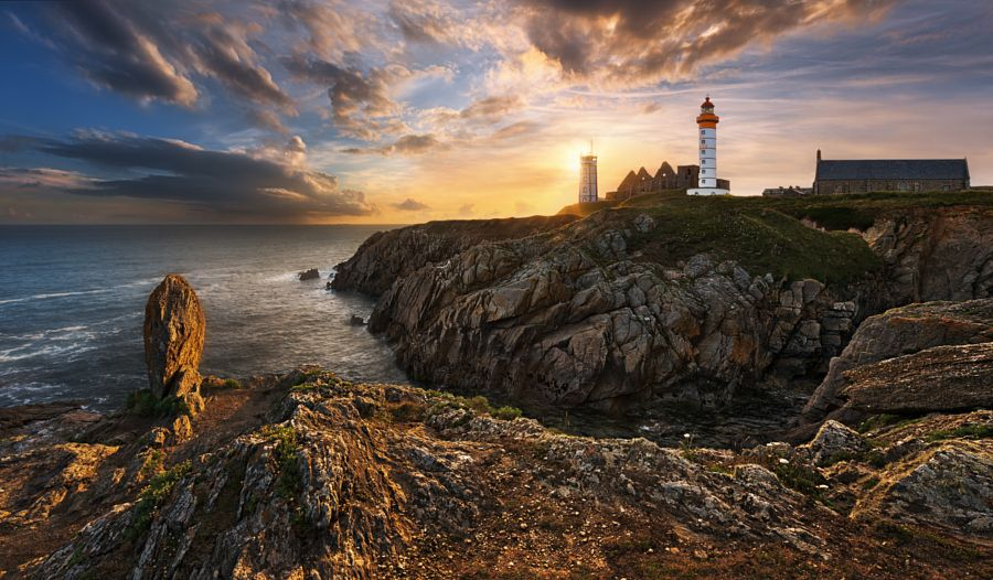 When the sun goes down... by Krzysztof Browko #xemtvhay