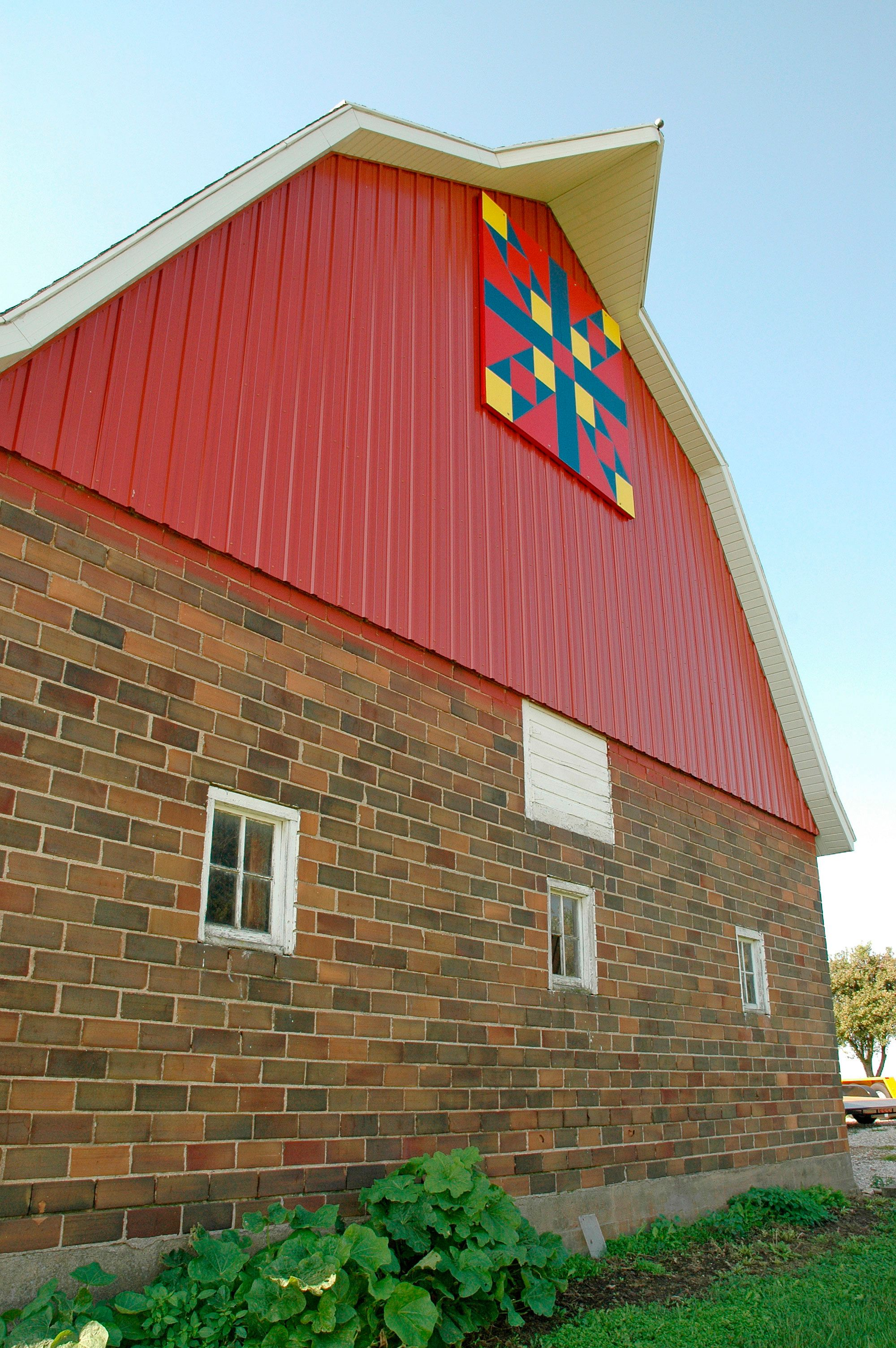 Love this barn quilt..Grundy Center, Iowa