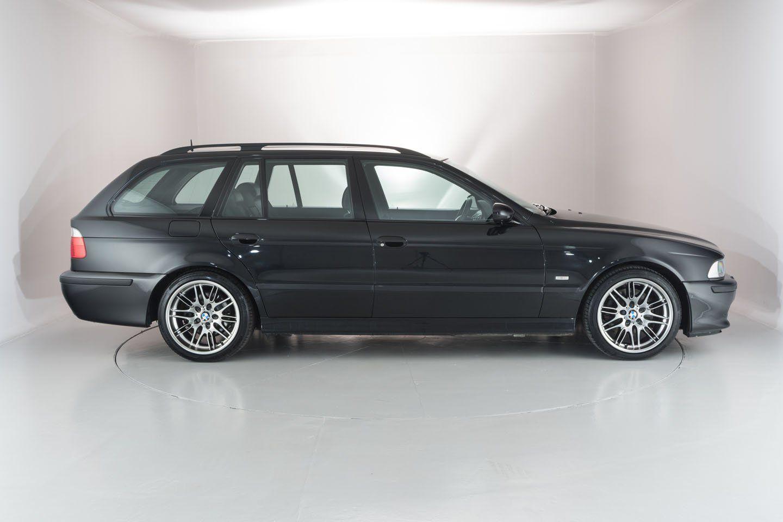 a manual bmw e39 540i touring just showed up for sale cars rh pinterest com bmw e39 540i manual for sale uk bmw e34 540i manual for sale