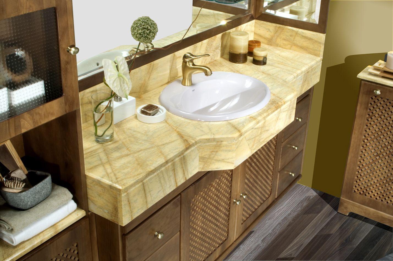 Su estilo elegante y refinado transmite la serenidad y placidez de los ambientes clásicos.
