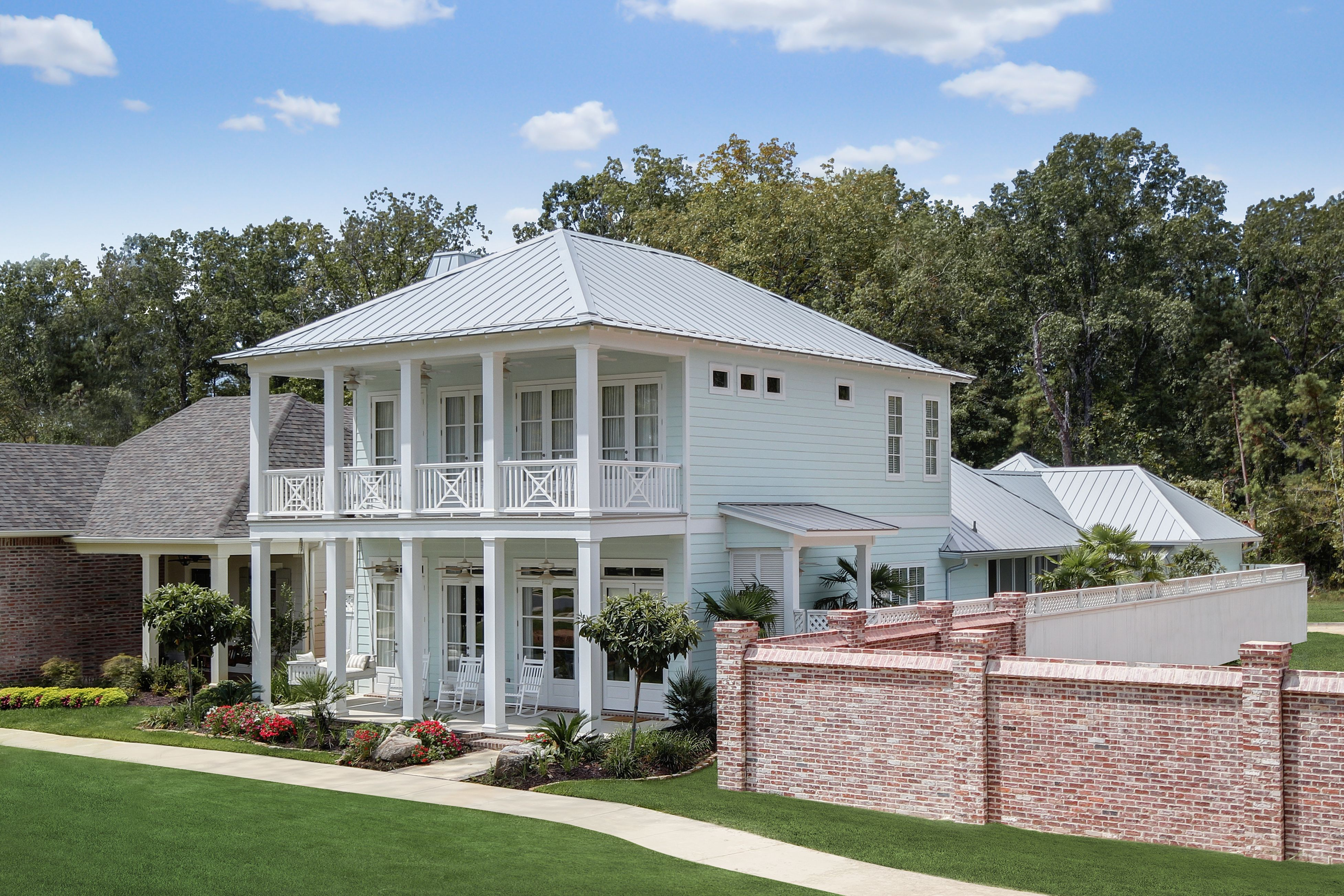 Metal Roof Colors Residential Metal Roofing Systems Brick Exterior House Modern Farmhouse Exterior Modern Farmhouse Plans