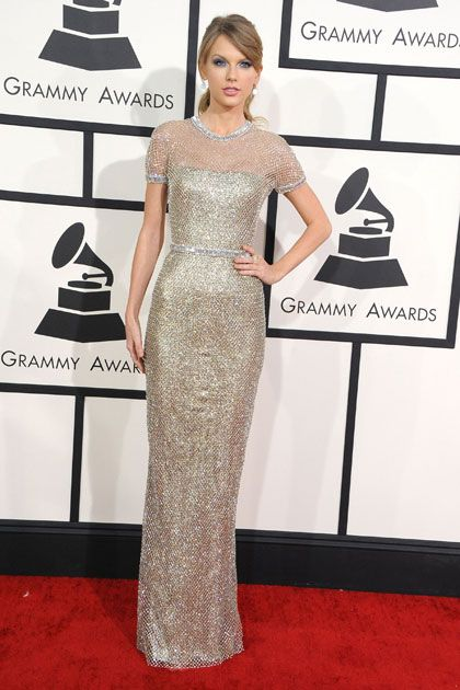 5321085e074 Taylor Swift s Top 10 Red Carpet Looks of All Time