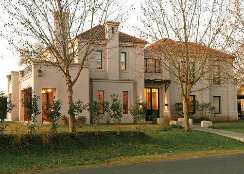 Marcela parrado arquitectura casa 5 casas de country for Casa clasica moderna interiores