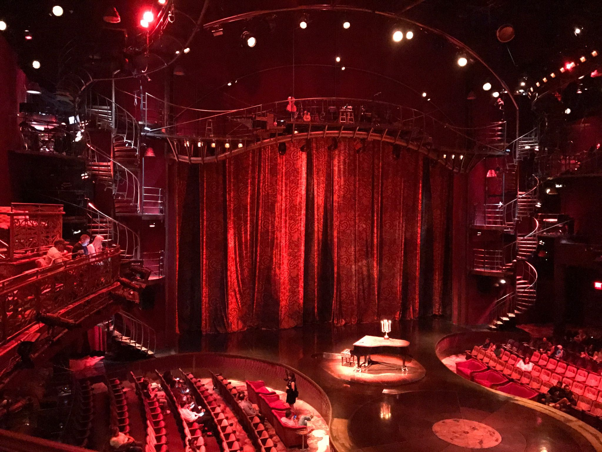 Zumanity At The New York New York In Las Vegas Las Vegas Stuff To Do Vegas