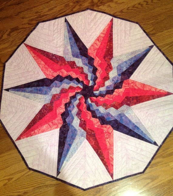 Stargello Table Topper by RaggedyCorners on Etsy Spicy Spiral Bargello Pinterest Etsy ...