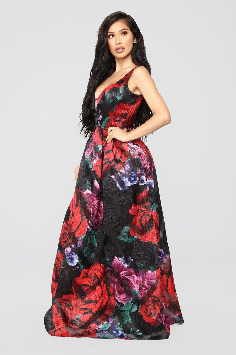 Kenna Black Rose Applique Formal Dress Windsorcloud Formal Dresses Dresses Formal Dresses Gowns [ 1124 x 750 Pixel ]