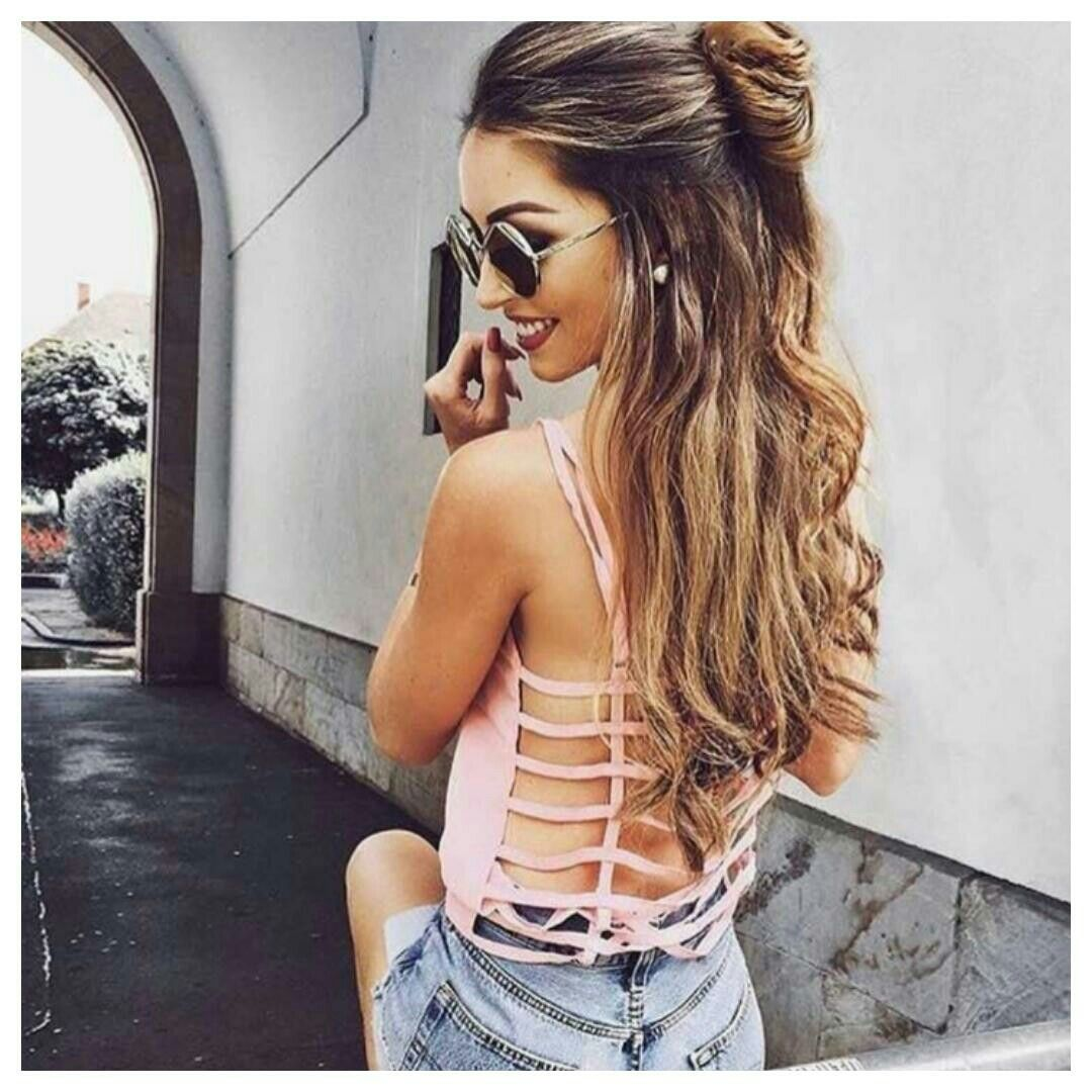 Top 3 Half Up Half Down Wedding Hairstyles To Try: Half Up Half Down Messy Bun With Loose Curls