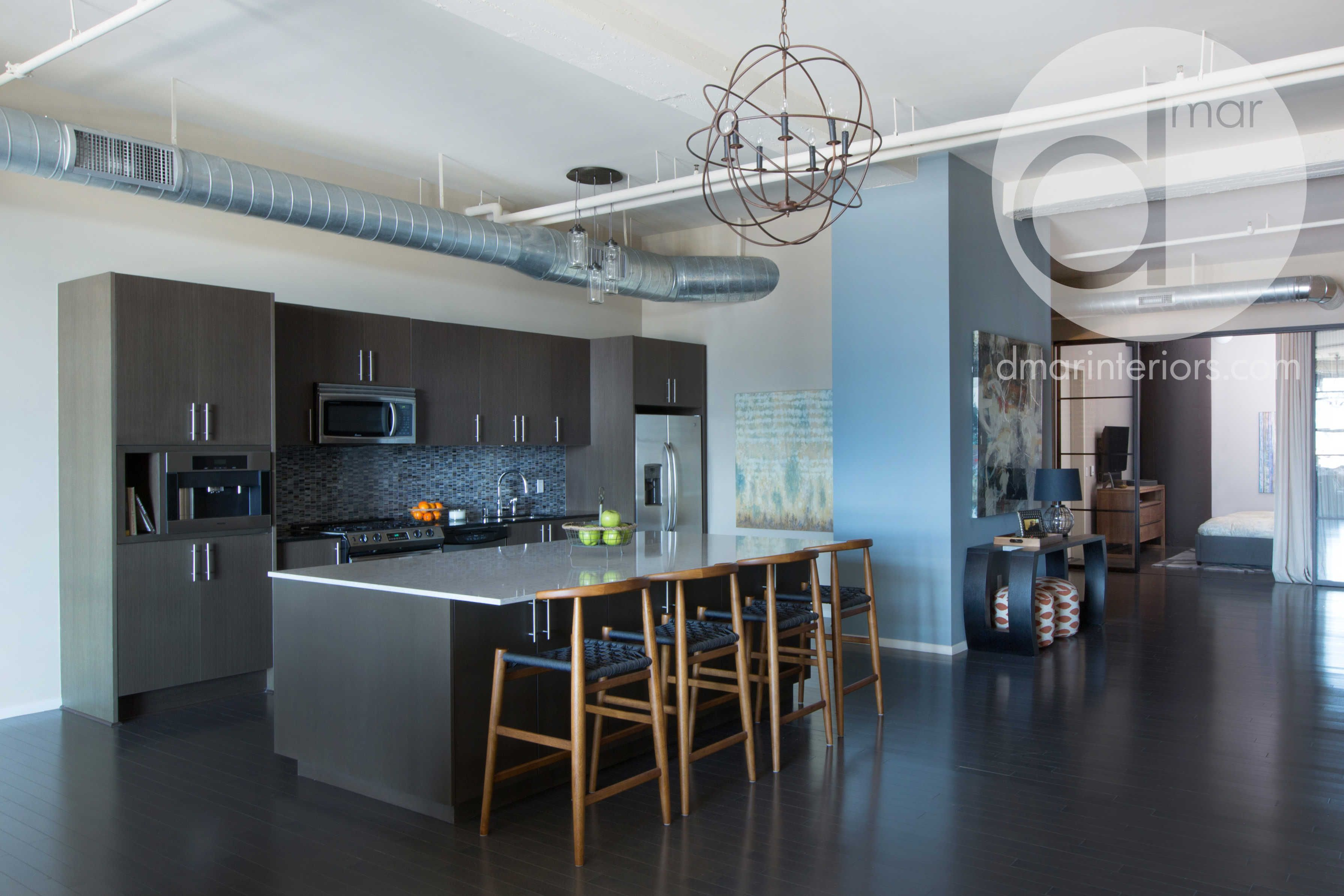 Custom Kitchen, Loft, Counter Stools, Large Island, Open Ceilings ...