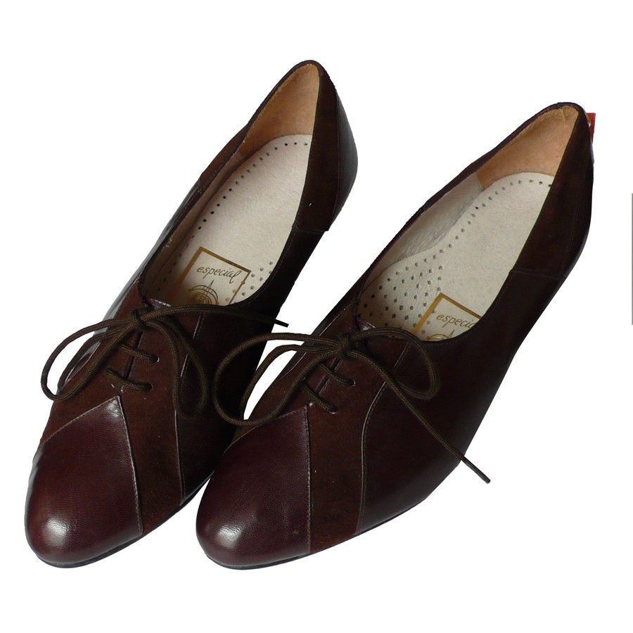 size 7 NOS Vintage lace up heeled Brown Leather by blessthatdress