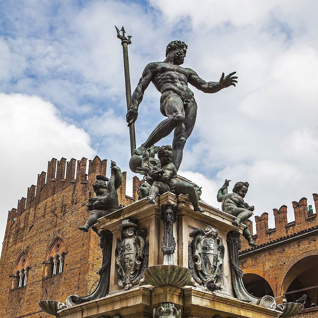 Some #sculpture #impression from #bologna which are quite #astonishing regarding the #time of #creation - #main #figure of the #fountain of #neptune;  #cultural #heritage #medevial #villages #precious #art #artwork #stilllife #illumination #urban #lifestyle #openair #museum #attraction #beauty #meditation #awareness