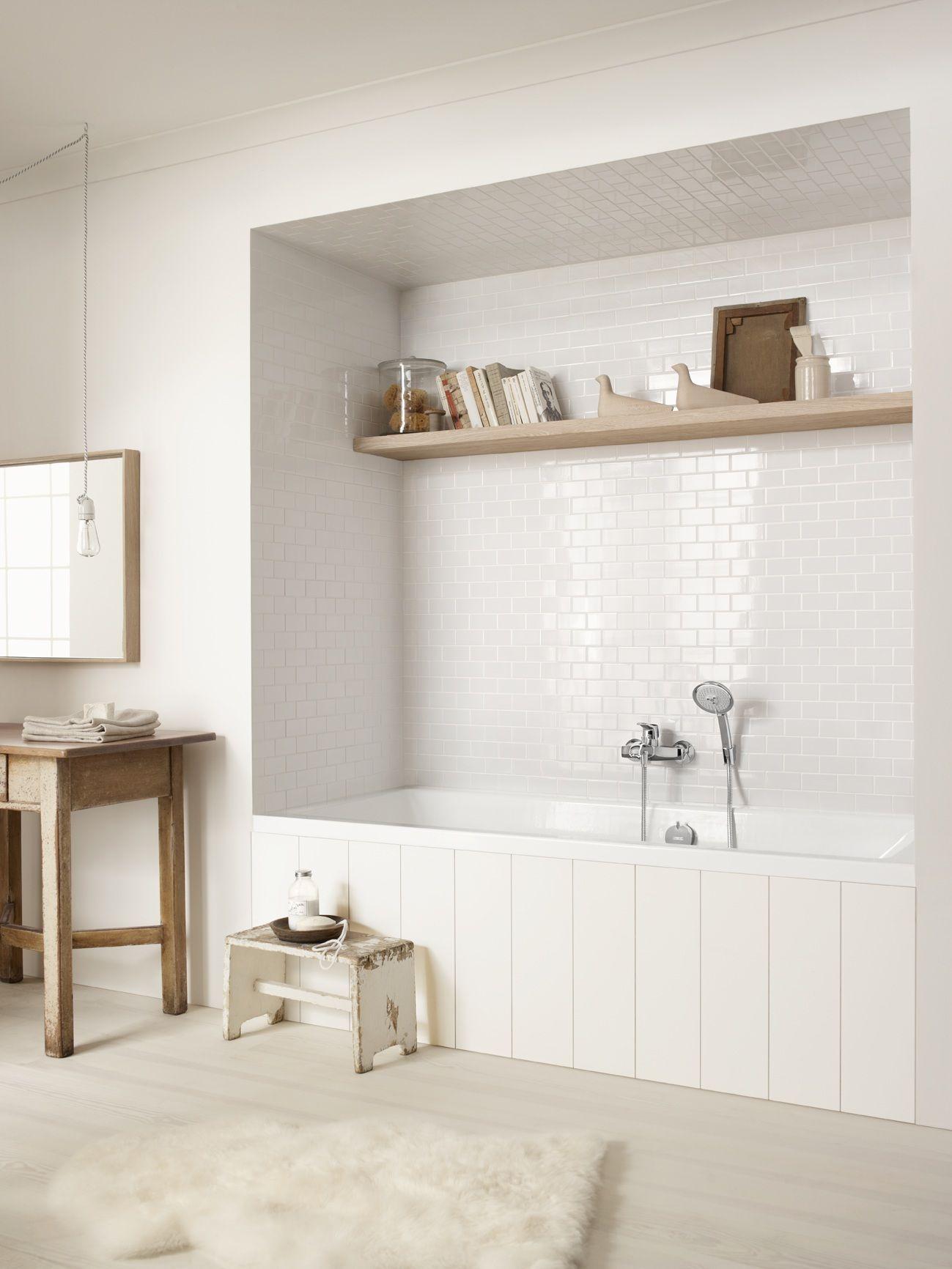 Classic design: #Hansgrohe Bathtub Bathroom situation | Hansgrohe ...