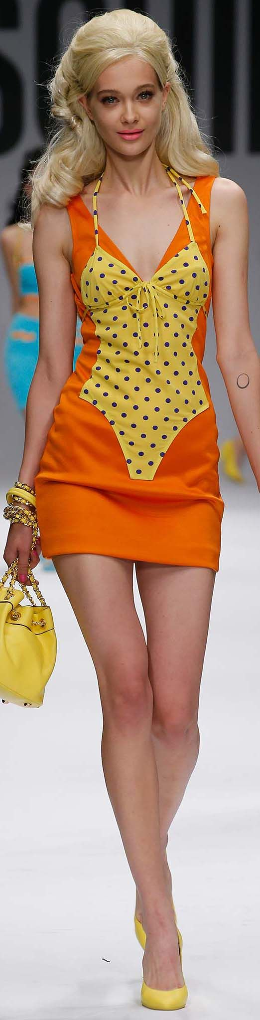 #Moschino S/S 2015 Milan Fashion Week Collection #milanfashionweek #fashionweek #fashionshow #runway