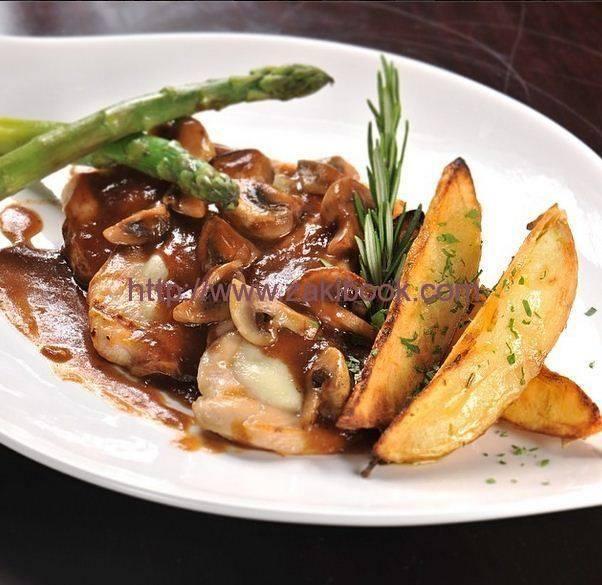 دجاج مع صوص الفطر زاكي Recipes Arabian Food Main Dishes