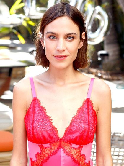 When it comes to summer hairstyles the hottest cuts are those that can stand the sweltering heat. We're talking low-maintenance (read: no-heat t...