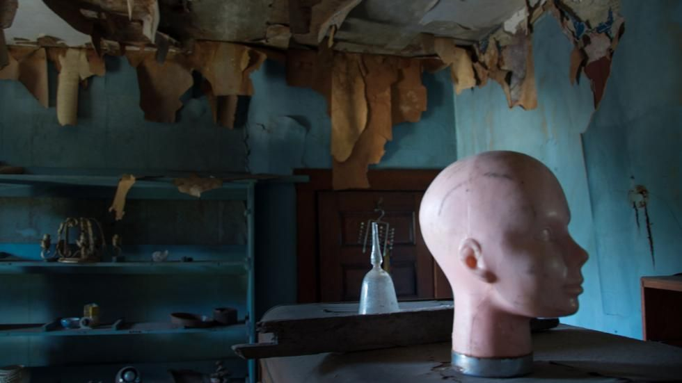 Photographer Seph Lawless documents real-life haunted houses.