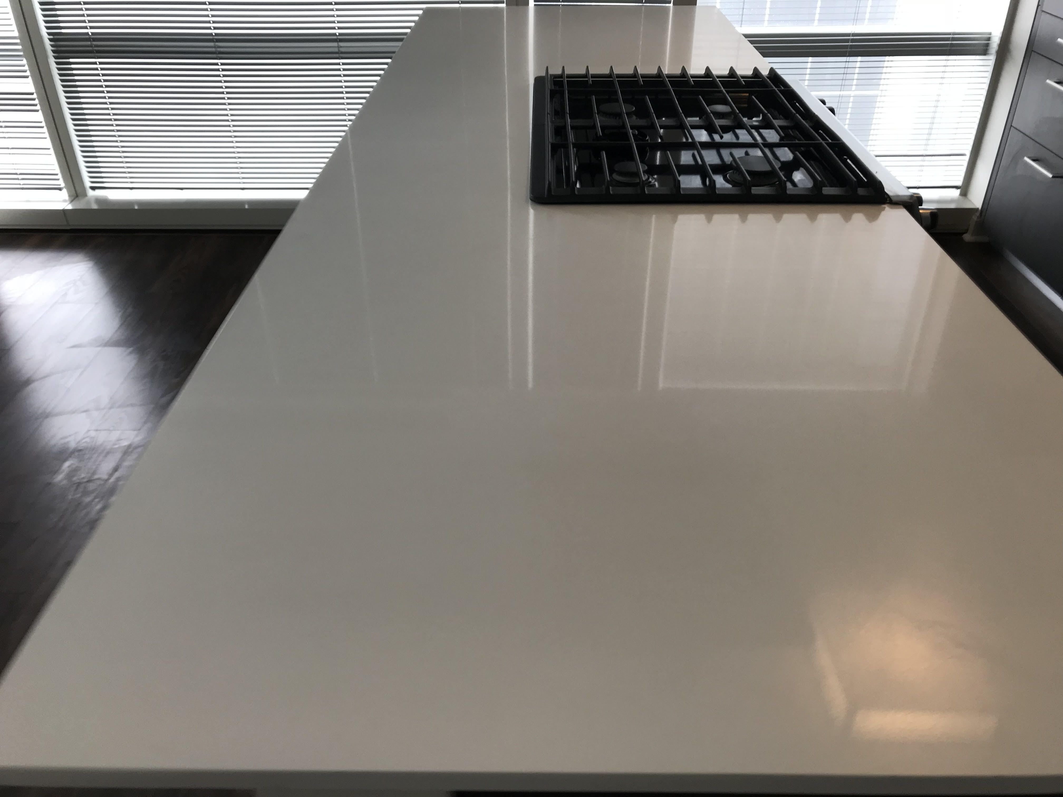 Quartz Countertop Cleaning Polishing And Chip Repair