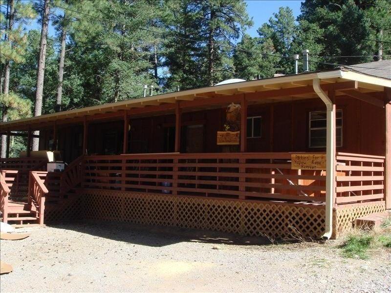 Beautiful Cabin In Ruidoso S Upper Canyon Vrbo Beautiful Cabins Cabin Cabin Vacation