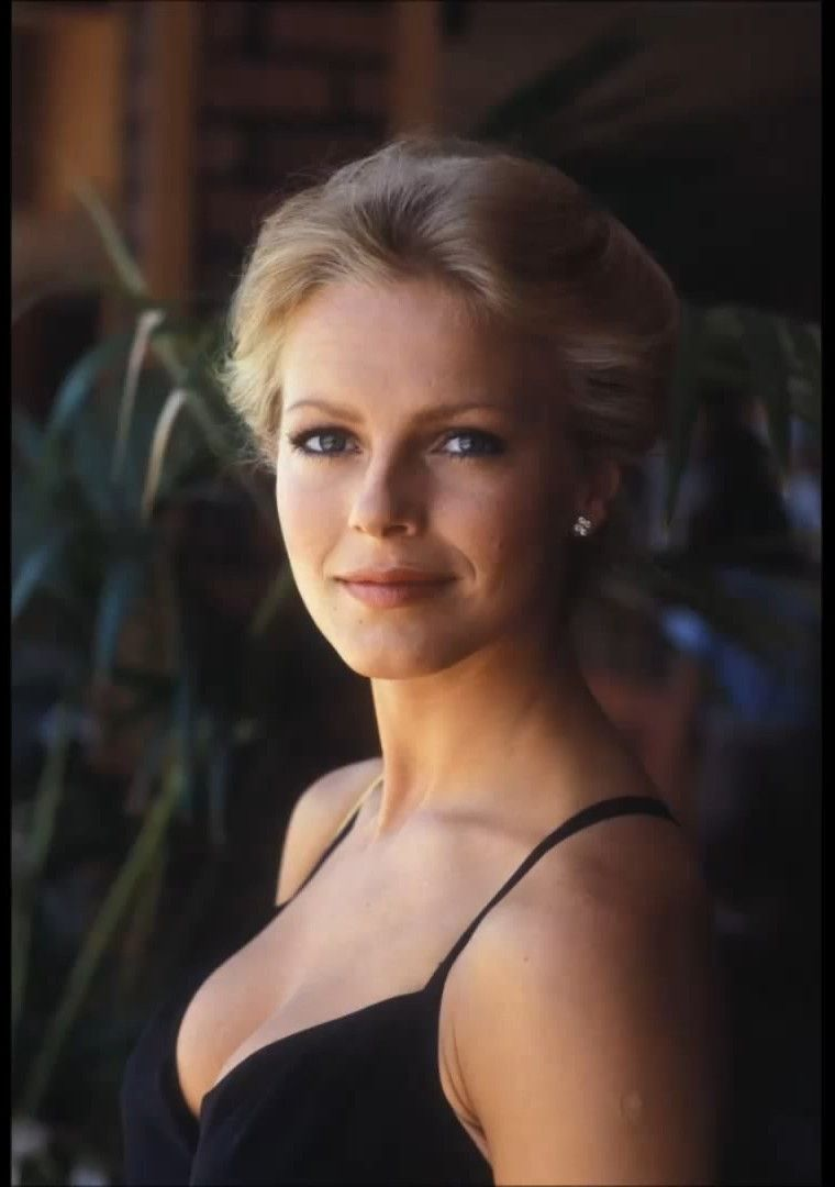 Cheryl Ladd Nude Photos 26
